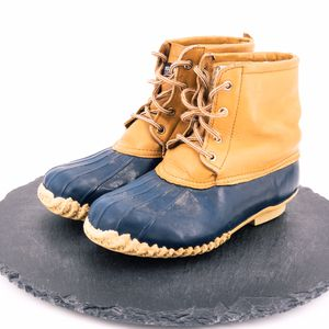 Land Rover Mens Vintage Duck Boots Size 5 for Sale in Omaha, NE
