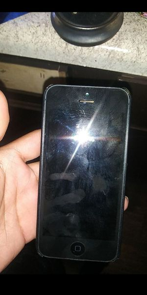 IPhone 5 for Sale in Irving, TX