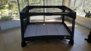 4mom pack and play for Sale in Irvine, CA