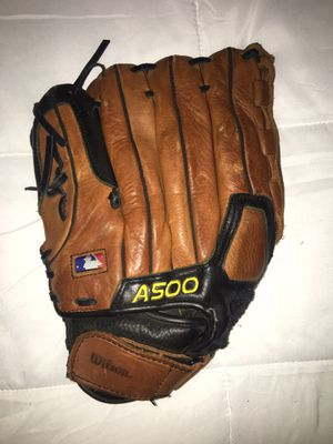 Official' Wilson Baseball Glove - for Sale in Concord, CA