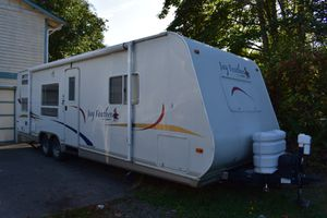 2005 Jayco Jay Feather LGT 27 P ( travel trailer, RV, camper) for Sale in Federal Way, WA