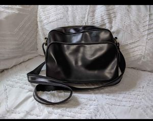 Leather bag $10 for Sale in San Diego, CA