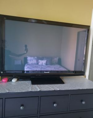 """Panasonic viera 49"""" plasma tv in great condition from a smoke pet free home works 100% perfectly.. for Sale in West Jordan, UT"""