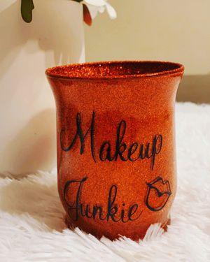 Custom makeup brush holder for Sale in Carson, CA