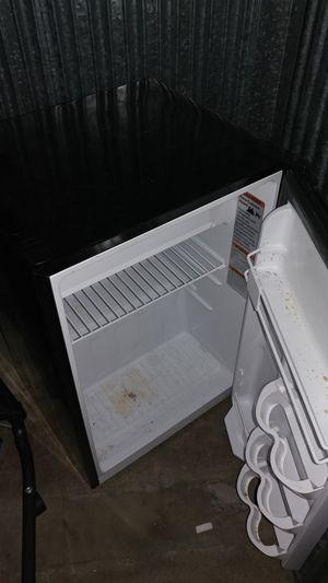 Mini refrigerator $60 bought 1yr ago. for Sale in Miami, FL