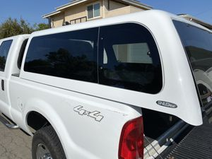 Snug top camper shell Ford F-250 for Sale in Long Beach, CA