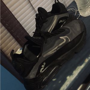 Men's Nikes Size 10.5 for Sale in Ellenwood, GA