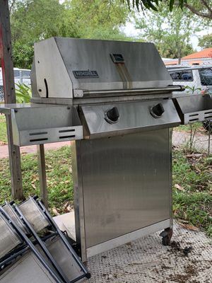 Nexgrill with tank grill bbq backyard outdoor grill for Sale in North Miami, FL