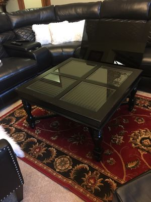 Coffee table for Sale in Fort Wayne, IN