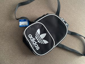 Adidas mini backpack brand new for Sale in Tempe, AZ