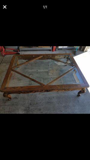Oak coffee table for Sale in Las Vegas, NV