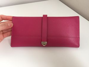 FREE w purchase pink wallet for Sale in Prairie View, IL