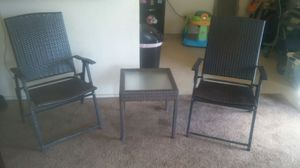 Patio table and chairs for Sale in Fresno, CA