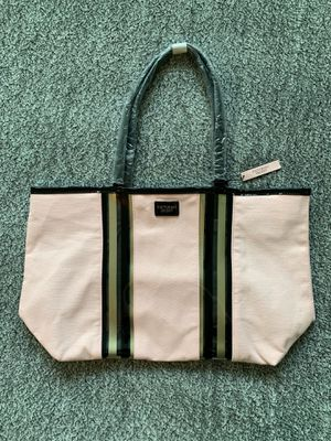 Brand New w/ Tags Victoria's Secret Tote Light Pink Bag for Sale in Alexandria, VA