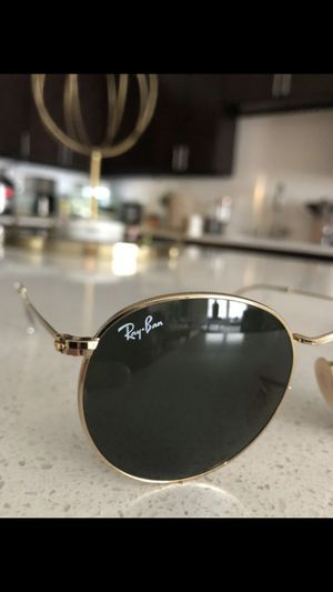 2019 uni-sex Round RayBans (comes with case) for Sale in Sterling, VA