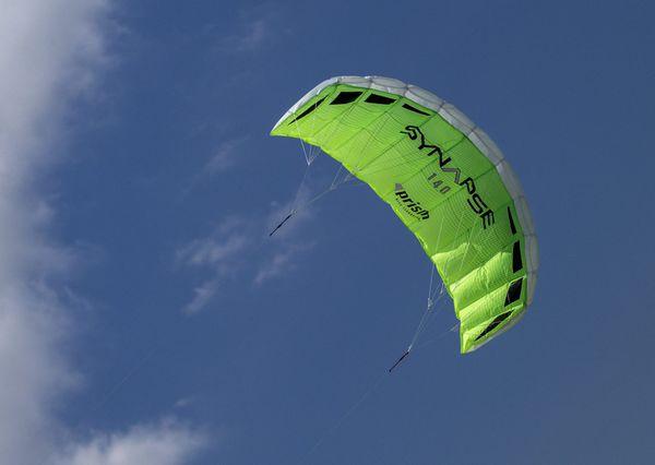 40$ Prism 140 parafoil kite very easy and fun beginner kite.