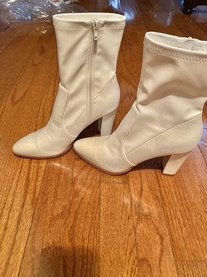 White Leather Boots, Size 8 for Sale in Alexandria, VA
