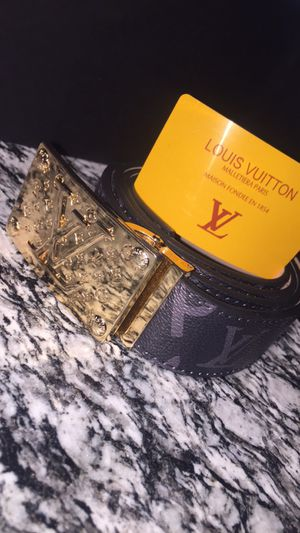 Supreme Louis Vuitton for Sale in Pflugerville, TX