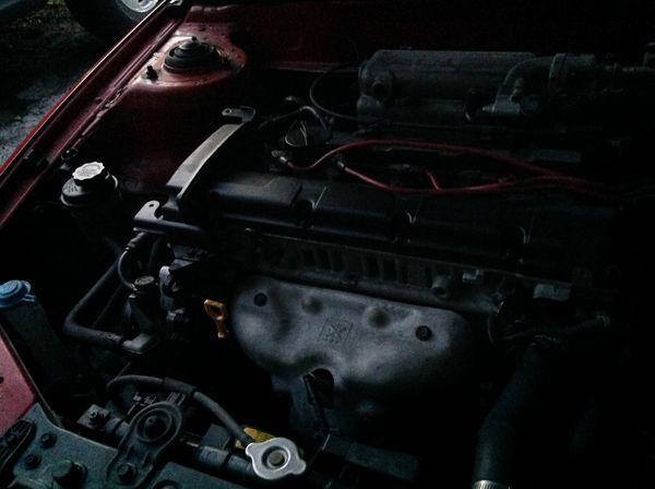 Hyundai ELANTRA 2005.