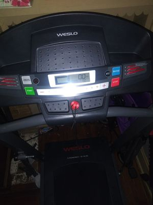 Weslo Cadience G5.9i treadmill for Sale in Kansas City, MO