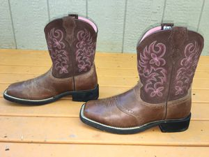 ARIAT 10005913 FATBABY REBEL LEATHER WESTERN SADDLE VAMP ROPER COWBOY BOOTS 8 B for Sale in Puyallup, WA