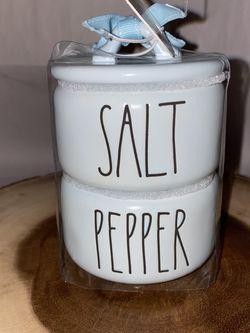 Rae Dunn Blue Salt & Pepper for Sale in Orange,  CA
