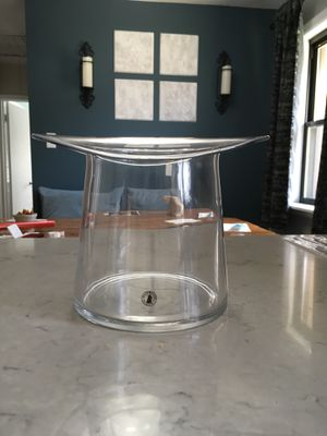 Top hat vase for Sale in Fair Oaks, PA