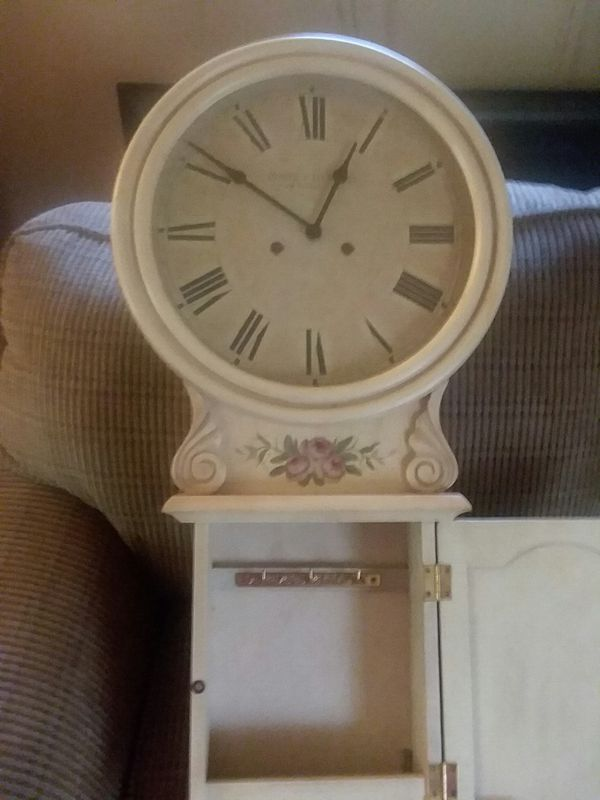Antique shabby chic wall clock