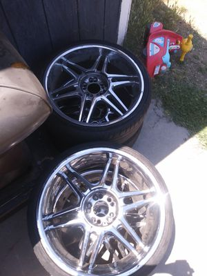 20 inch tires and rims all 4!! for Sale in Fresno, CA