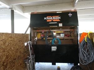 Knaack tool box 3'x6' for Sale in Wichita, KS