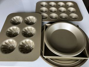 Williams Sonoma Goldtouch nonstick bakeware for Sale in Portland, OR