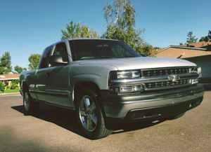 2001 Chevy Silverado Great work truck for Sale in Richmond, VA