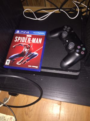 PS4 1tb 1 controller and spider man game for Sale in San Angelo, TX