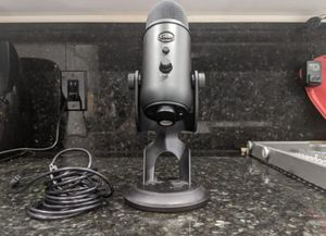BLUE YETI BLACKOUT EDITION (read bio) for Sale in Boca Raton, FL