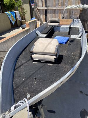 14 foot sears aluminum boat for Sale in San Pedro, CA