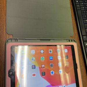 Ipad 6th Generation for Sale in Houston, TX