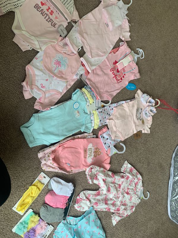 Baby girl clothes 0-3 all new