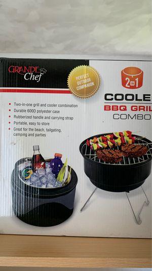 Travel BBQ Grill/ Cooler for Sale in Farmington Hills, MI