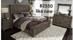 Rustic Cal king bedroom set from (Ashley)Headboard, rails bed frame foot storage 2 nightstand dresser& mirror for Sale in Corona, CA