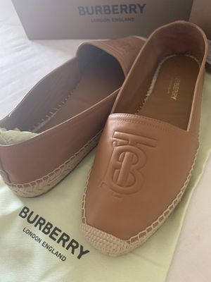 Burberry Espadrille for Sale in Moreno Valley, CA