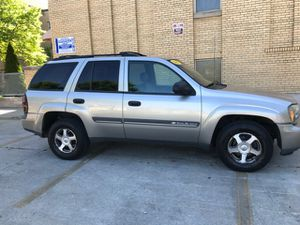 2002 Chevy Trail blazer ! Leather sun roof AWD for Sale in Chicago, IL