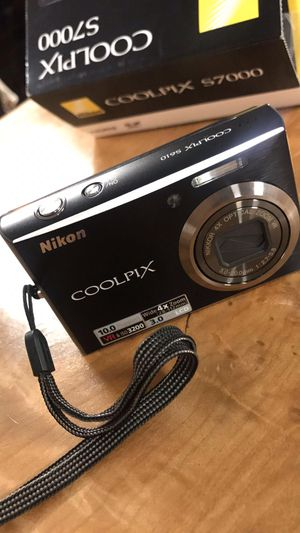 Nikon COOLPIX S700 for Sale in Puyallup, WA