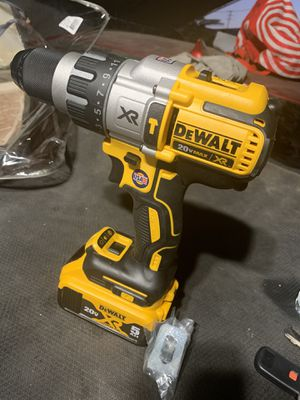 "Dewalt 20v XR hammer drill 1/2"" brushless battery 5.0 no charger Bateria 5.0 no cargador for Sale in Los Angeles, CA"