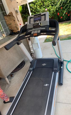 NORDICTRACK COMMERCIAL TREADMILL for Sale in Los Angeles, CA