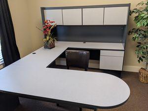 Office desk for Sale in Cumming, GA
