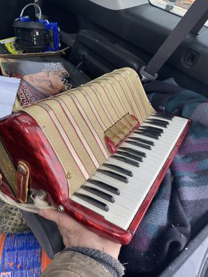 Hohner Accordian for Sale in Arlington Heights, IL