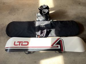 Snowboard, Boots, and Bag for Sale in Redondo Beach, CA