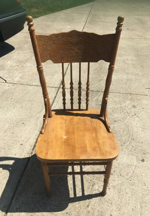 Vintage chair for Sale in North Olmsted, OH