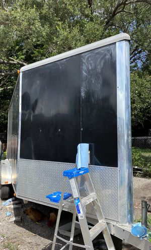 Enclosed trailer 18' x 7 ' width 7' High Almost new for Sale in North Miami, FL
