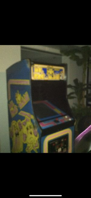 The ORIGINAL UNIQUE PAC-MAN ARCADE GAME COST OVER $2000 SELING FOR THE LOW $1500 PICK UP ONLY GAME IS WORKING %100 for Sale for sale  Bayonne, NJ